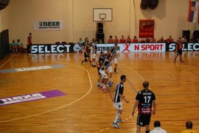Partizan savladala ekipa Vardara