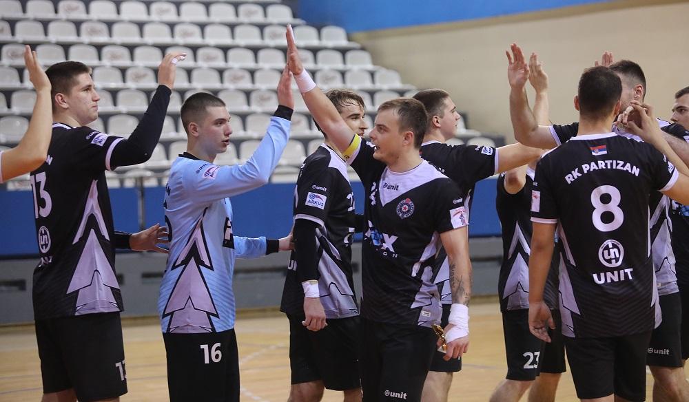 PARTIZAN BOLJI OD ŽELEZNIČARA: Crno-beli preko sedmeraca do F4 Kupa Srbije