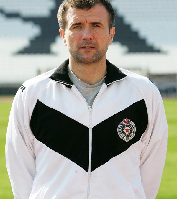 Nenad Maksić