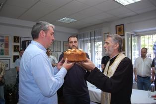 Otac Dragan poželeo duplu krunu